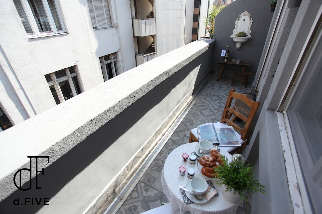 d.FIVE Neo Baroque Apartment with terrace