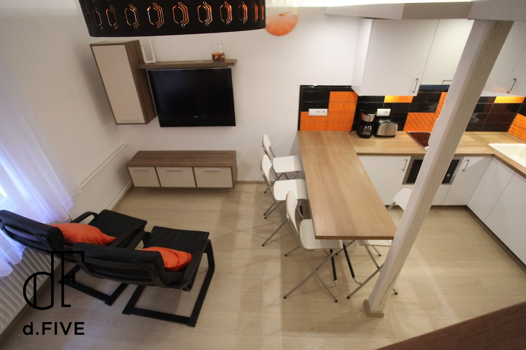 d.FIVE Heroe's square Expat Family apartment