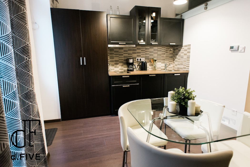 d.FIVE Diamond Apartment 'B'