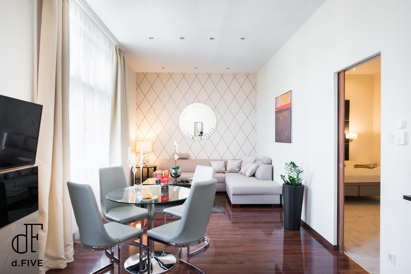 d.FIVE Executive apartment