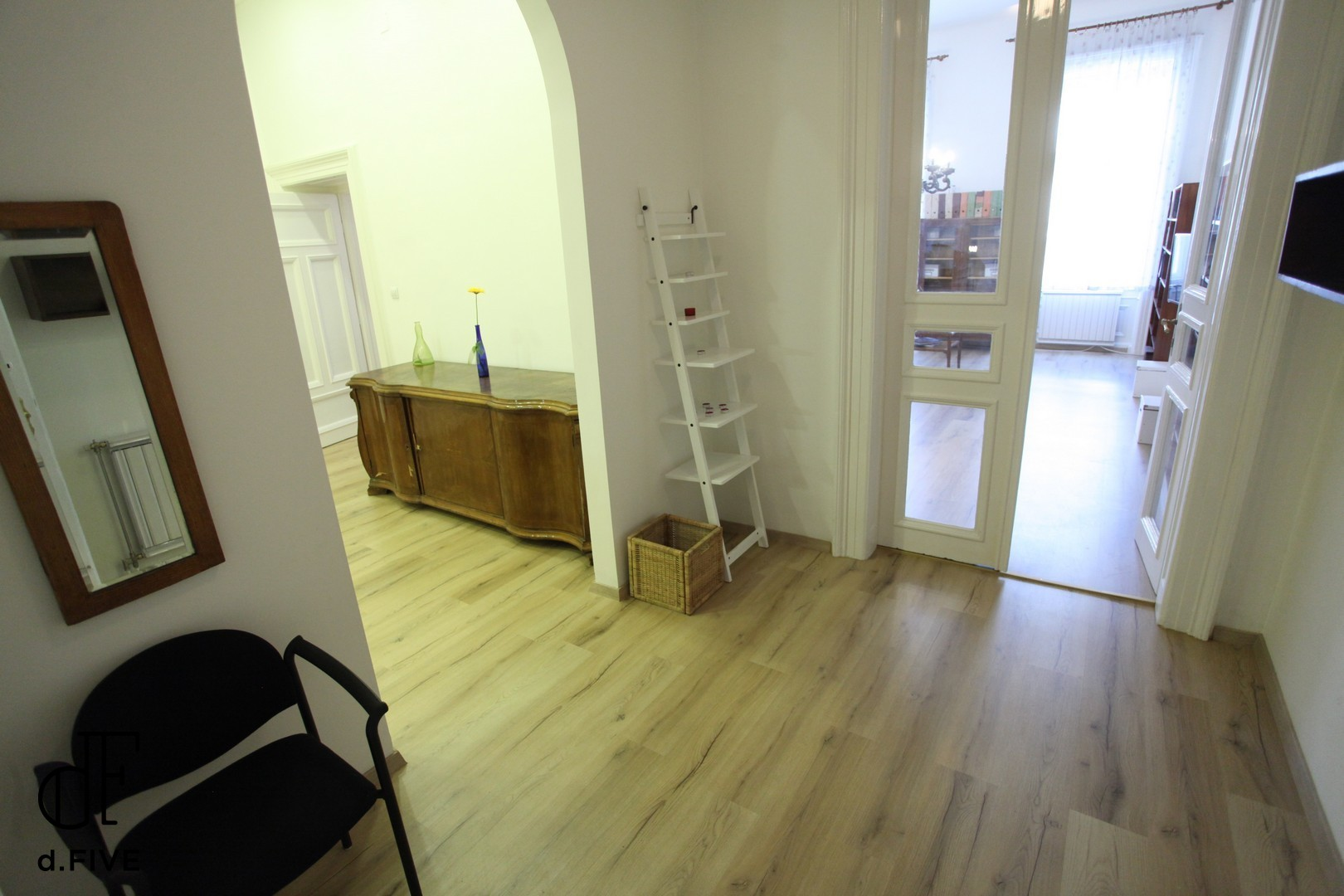 d.FIVE Sissy Apartment
