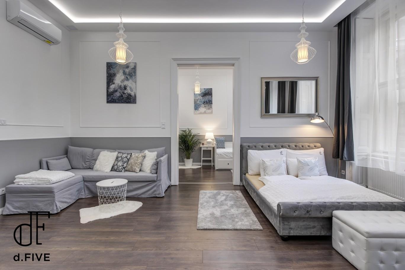 d.Five Semmelweis Apartment 'A'