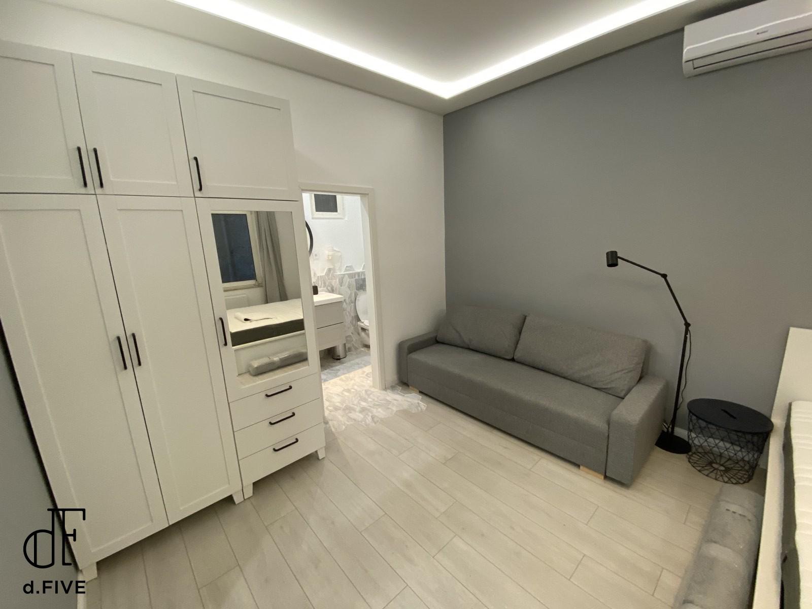 d.Five Csengery Cozy Studio B