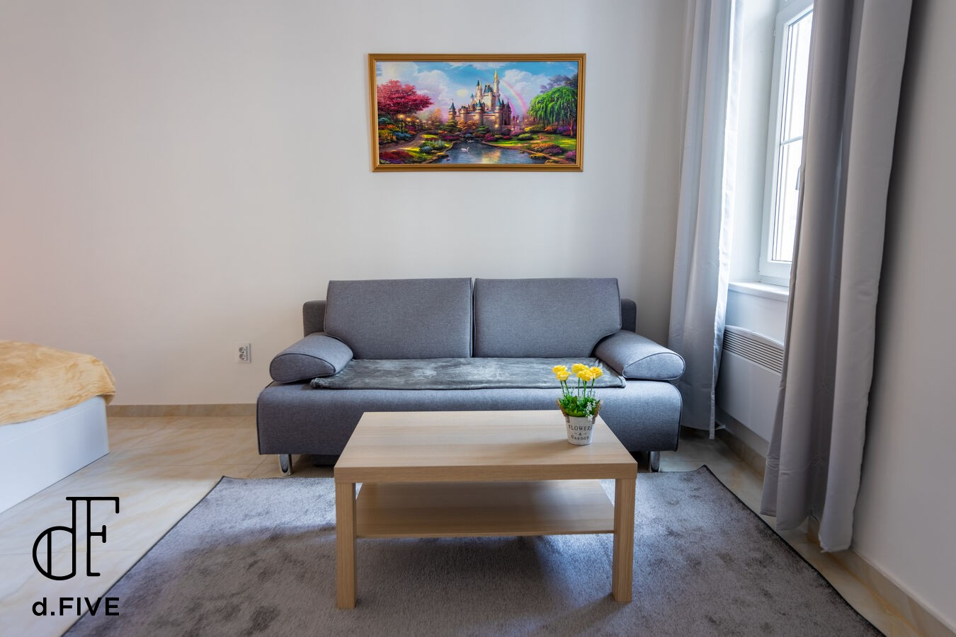 d.Five Town Hall Apartment