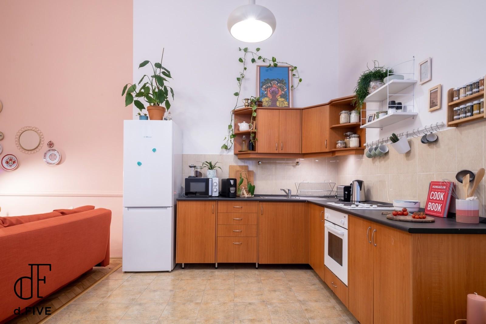 d.Five Zoltán Street Apartment