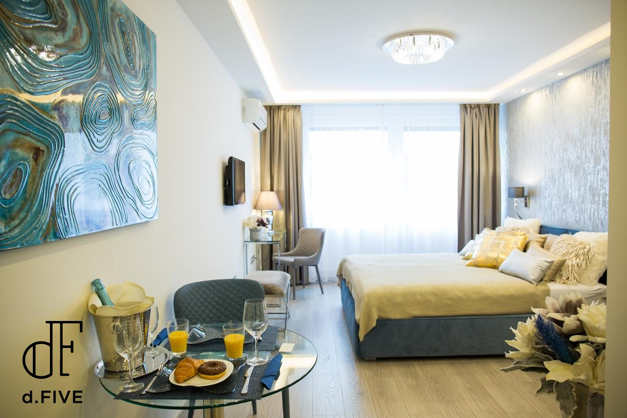 d.FIVE Danube Corso Boutique Apartment