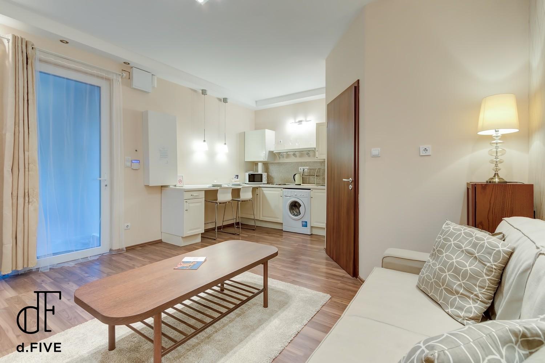 d.FIVE Bland Apartment at Basilica